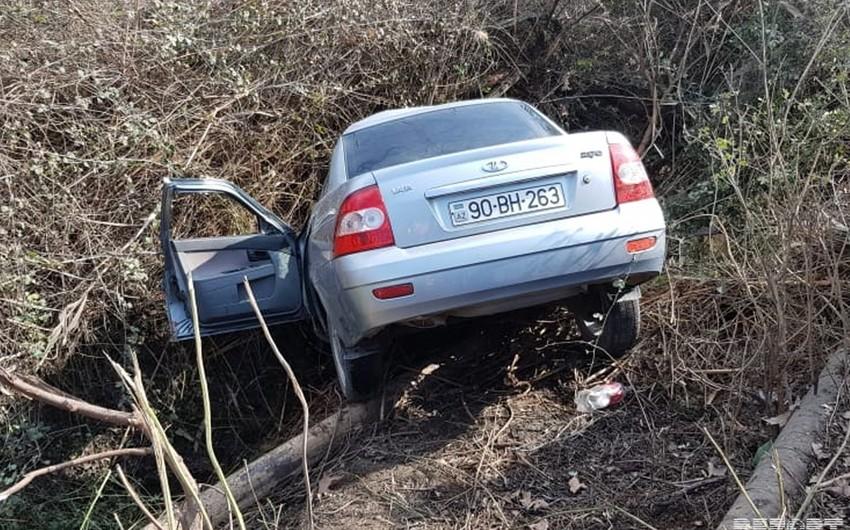 Ucarda avtomobil su kanalına aşıb, ölən və yaralanan var - VİDEO - YENİLƏNİB-2