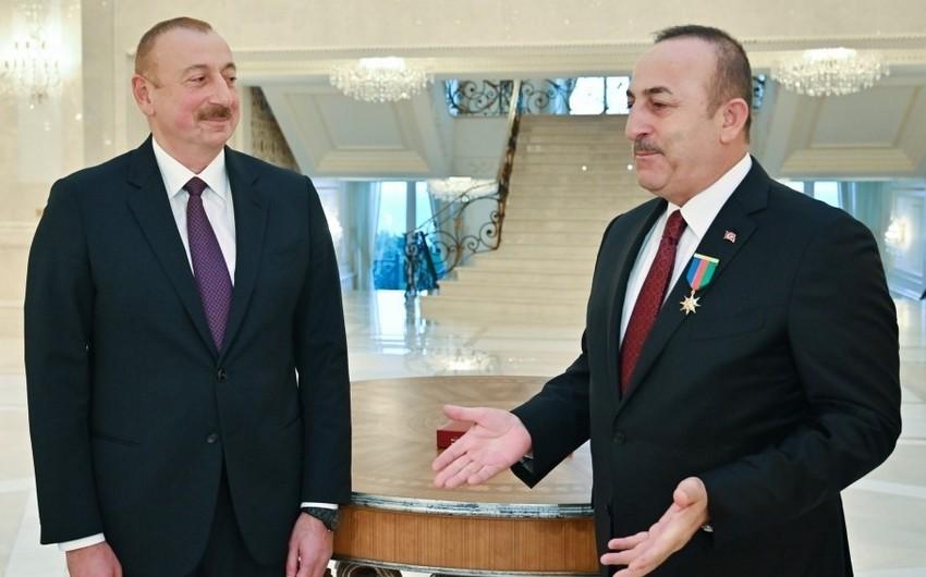 Президент поблагодарил Турцию за эвакуацию азербайджанских граждан из Китая