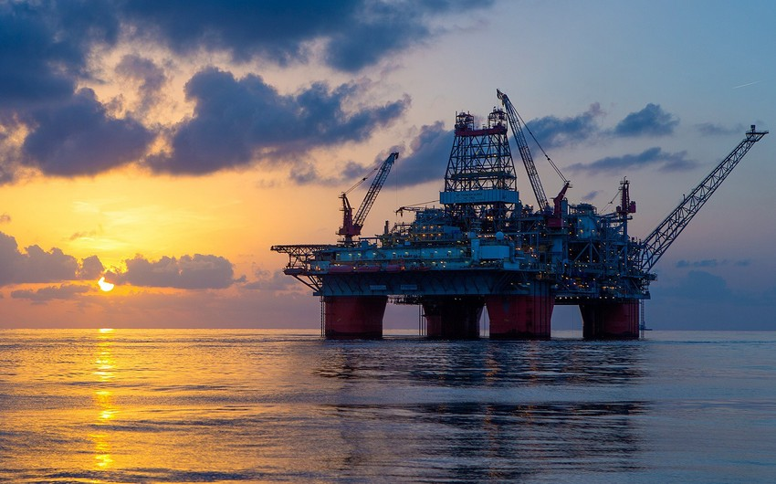 Azerbaijan cuts daily oil output by 8,000 barrels in June