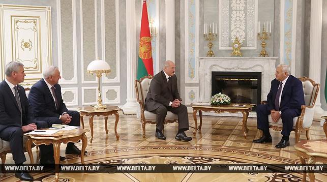 Aleksandr Lukaşenko: Azərbaycanlılar və belaruslar qardaşdır