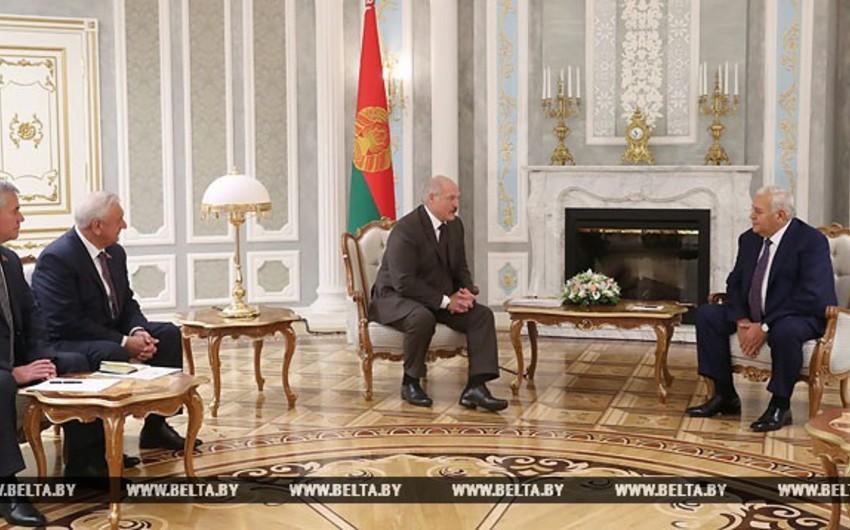 Александр Лукашенко: Азербайджанцы и белорусы - братья