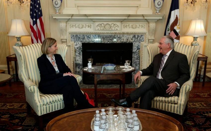 Federiko Moqerini ABŞ-ın yeni dövlət katibi ilə görüşüb