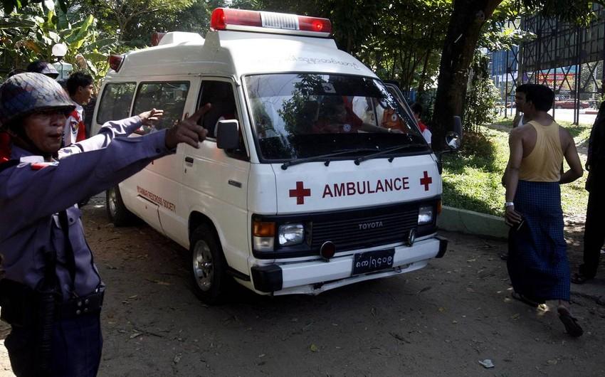 Myanmada sürüşmə nəticəsində 100-dən çox adam ölüb
