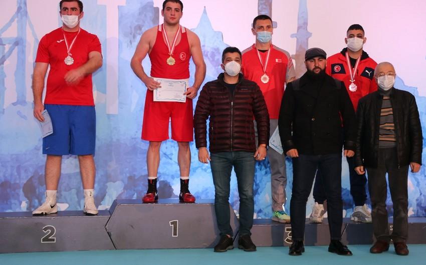 Boksçularımız vətənə 7 medalla qayıdır -