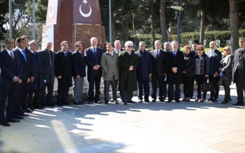 Türkiyənin tanınmış media nümayəndələri Prezident Administrasiyası və Milli Məclisdə olublar