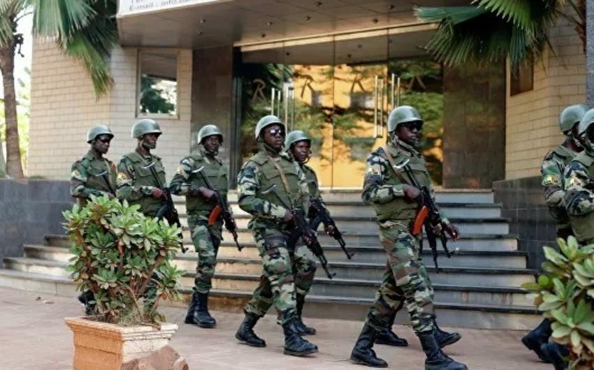 Burkino-Fasoda silahlıların hücumu zamanı onlarla insan qətlə yetirilib
