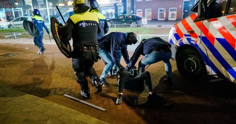 Amsterdamda iğtişaşlar zamanı partlayış törədilib