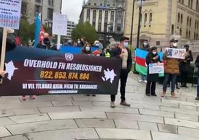 Osloda azərbaycanlılar parlament binası qarşısındaetiraz aksiyası keçirib