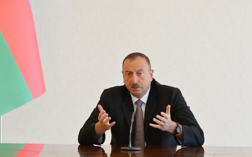 Президент Ильхам Алиев: Нарушившие закон чиновники должны знать, что ни одно неверное действие не останется без реакции