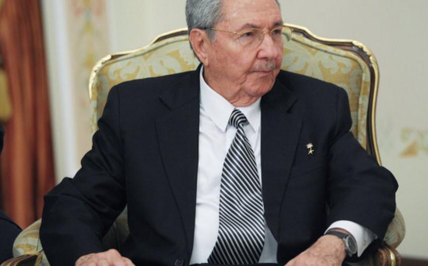 Raul Kastro: ABŞ-la diplomatik əlaqələrin bərpası Kubada kommunist rejiminin sonu deyil