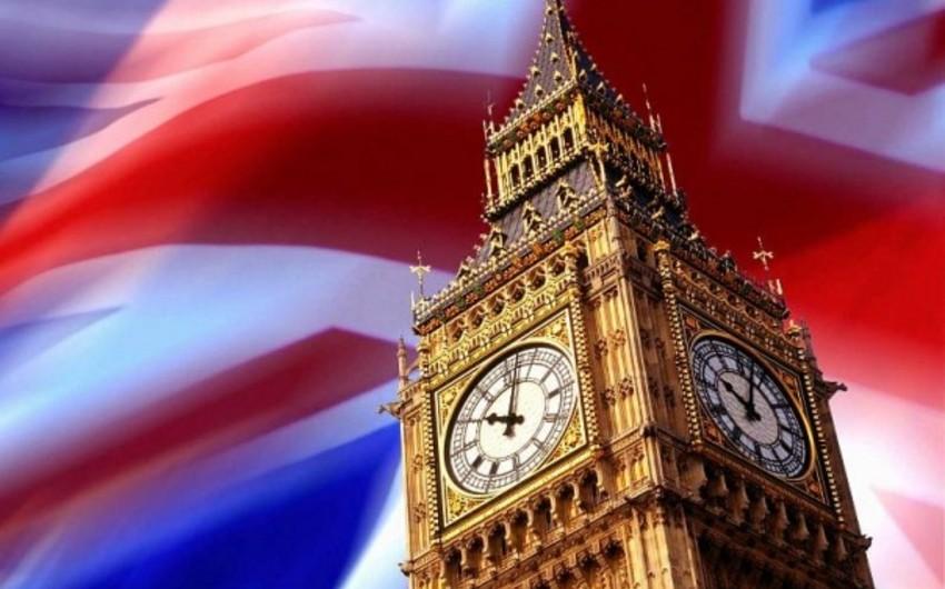 Böyük Britaniyada Brexit üzrə referendumdan sonra miqrantların sayı 30%-dən çox azalıb