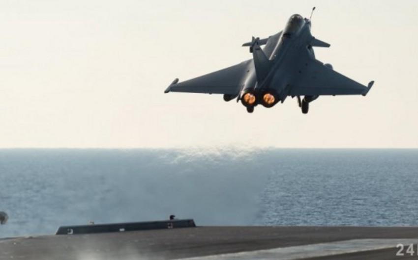 Fransa aviasiyası Suriyada raket zavodunu bombalayıb - VİDEO