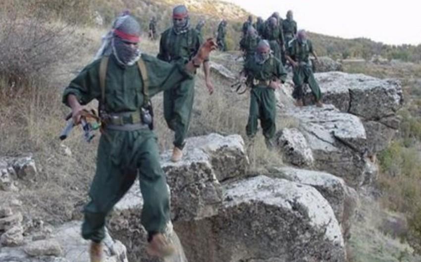 İranda silahlıların hücumu zamanı üç hərbçi həlak olub