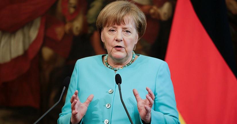 Merkel embarks on visit to Turkey