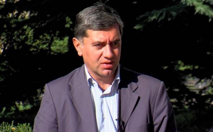 Gürcüstanın sabiq müdafiə naziri siyasi hərəkat yaradır