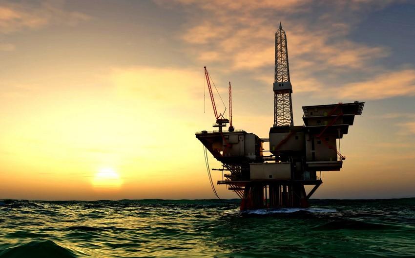 Азербайджанская нефть упала в цене более чемна2 доллара