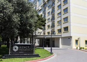 """Məhkəmə """"Hyatt Regency Baku"""" hotelinin rəhbəri ilə bağlı qərar çıxardı"""