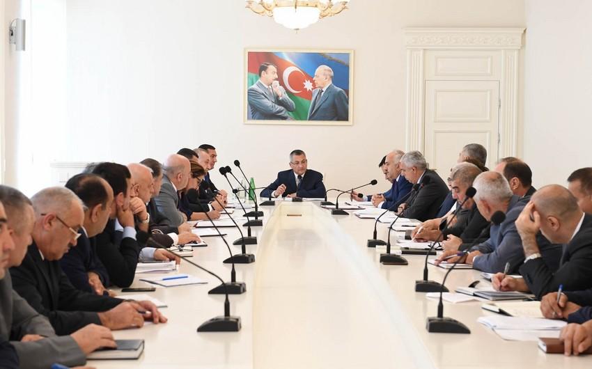 """""""Qaçqınkom""""un iki sektor müdiri cəzalandırılıb"""