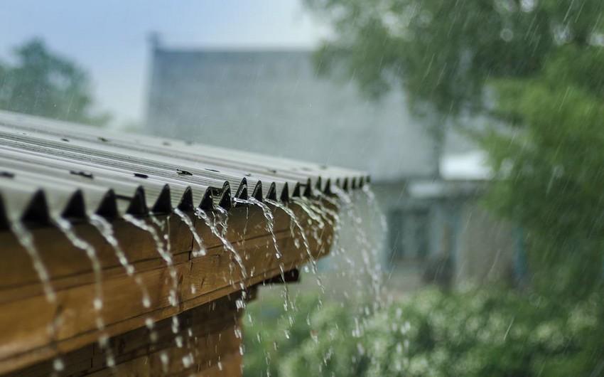Sabah intensiv yağış yağacaq, güclü külək əsəcək