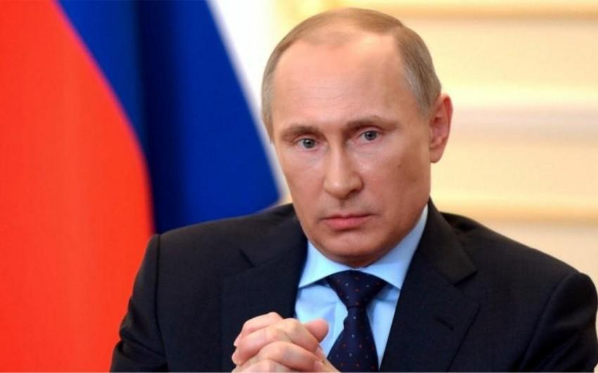 Putin: Ukraynadakı böhran siyasi yolla həll olunmalıdır