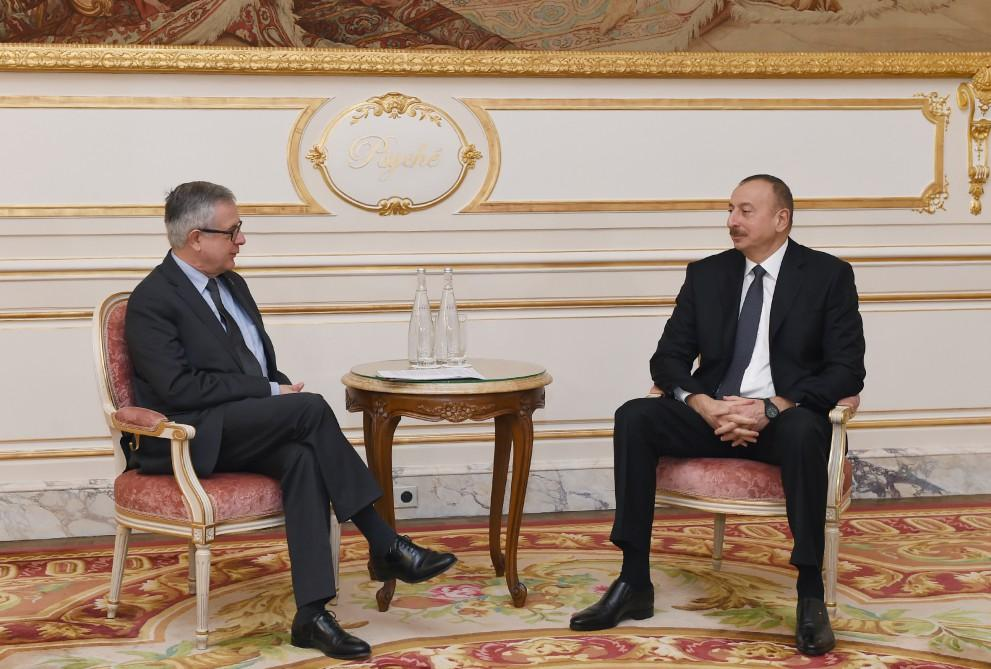 President Ilham Aliyev met with CEO of Credit Agricole SA in Paris
