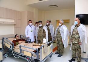 Zakir Həsənov bayramlar münasibətilə hərbi hospitalda olub