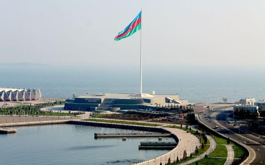 """""""Bu, Prezidentimizin bayrağa olan sevgisindən irəli gəlir"""" - RƏYLƏR"""