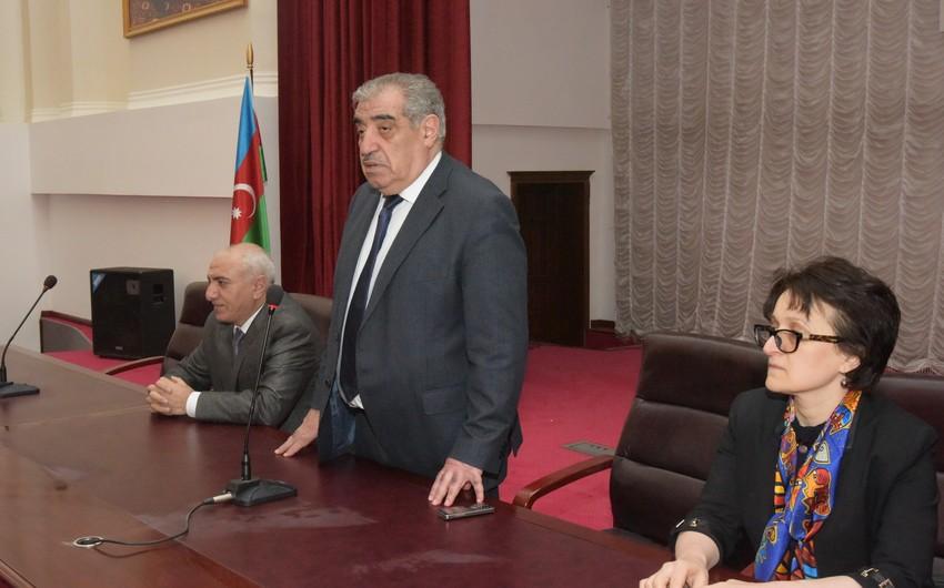 Tibb Universitetində fövqəladə toplantı keçirilib