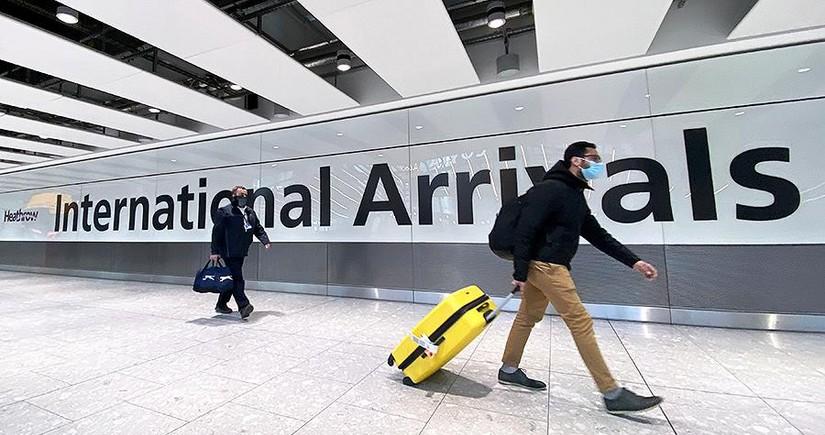 Британия откроет авиасообщение с другими странами не раньше середины мая
