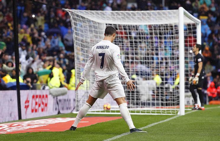 Роналду седьмой год подряд забил 30 или более голов в чемпионате Испании