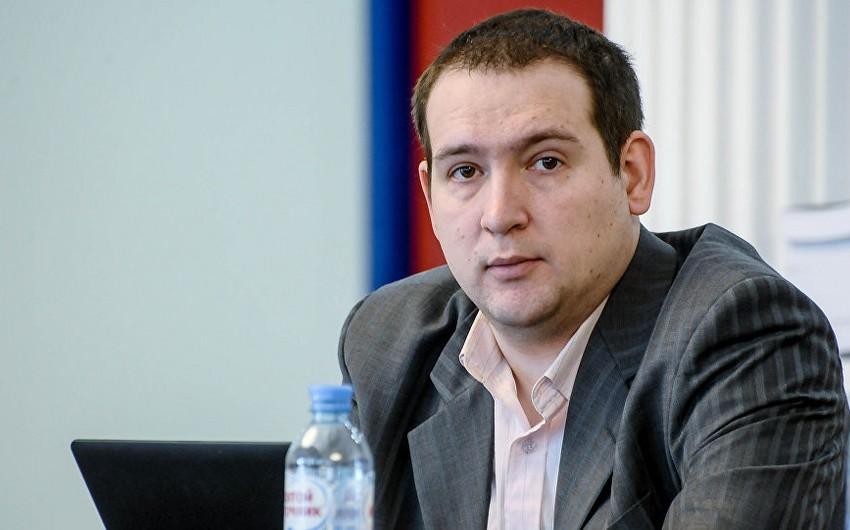 """Rusiyalı politoloq: Almaniyada """"Azərbaycan məsələsi"""" seçkilər səbəbindən gündəmdədir"""