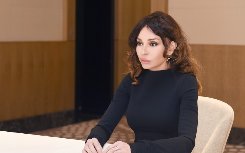 Mehriban Aliyeva congratulates people on liberation of Kalbajar