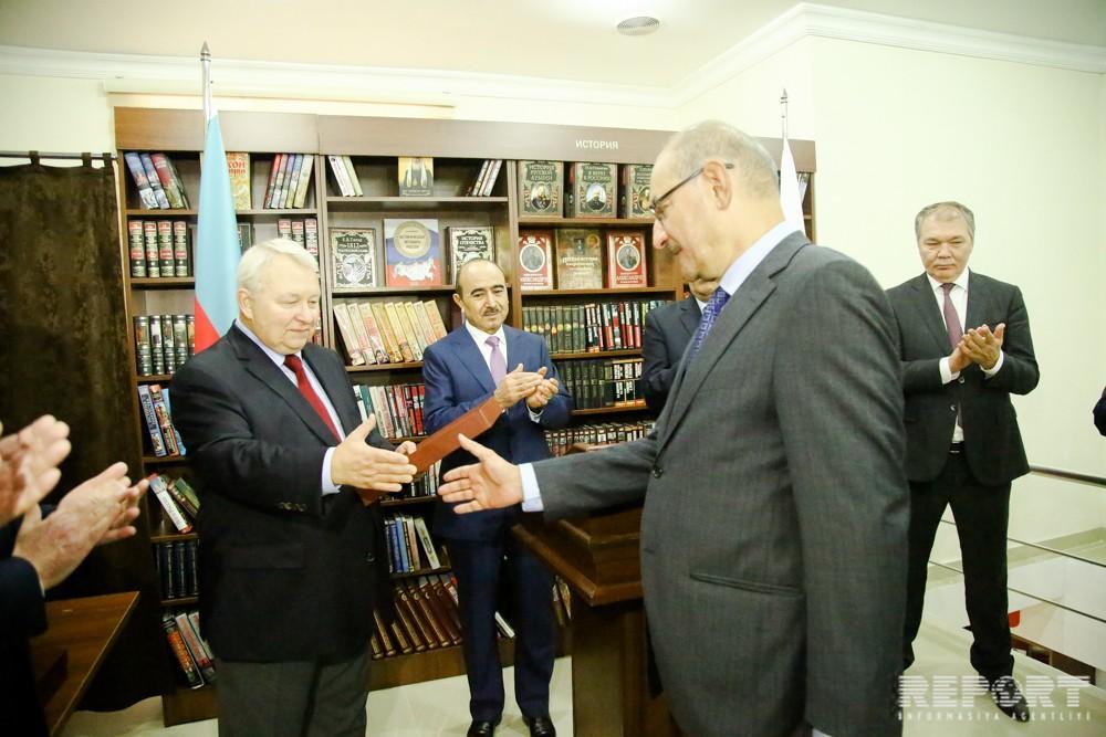 Rusiya Prezidenti Aparatının rəhbəri: Azərbaycanda rus dilinə maraq azalmır