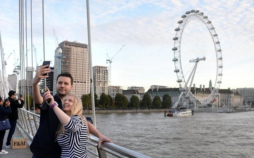 """Fransa vətəndaşları Eyfel qülləsindən çox """"Londonun gözü""""nə maraq göstərirlər"""