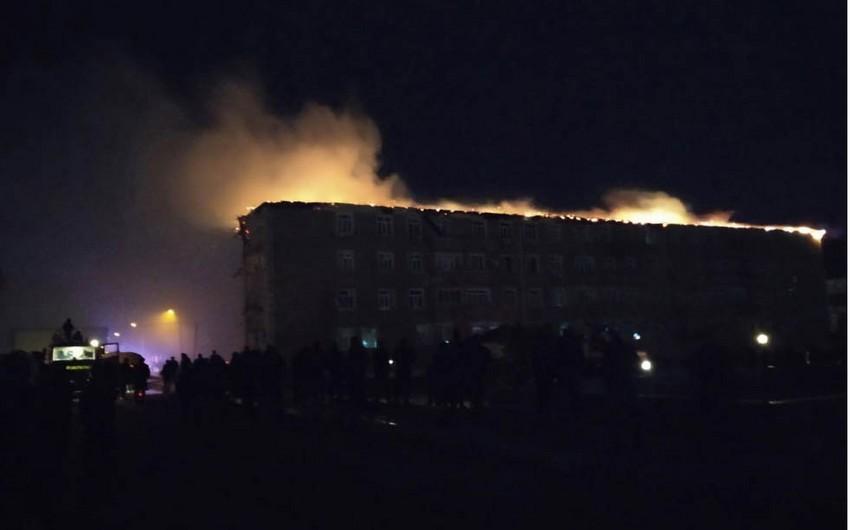Neftçalada baş verən yanğın söndürüldü - FOTO - VİDEO - YENİLƏNİB-2