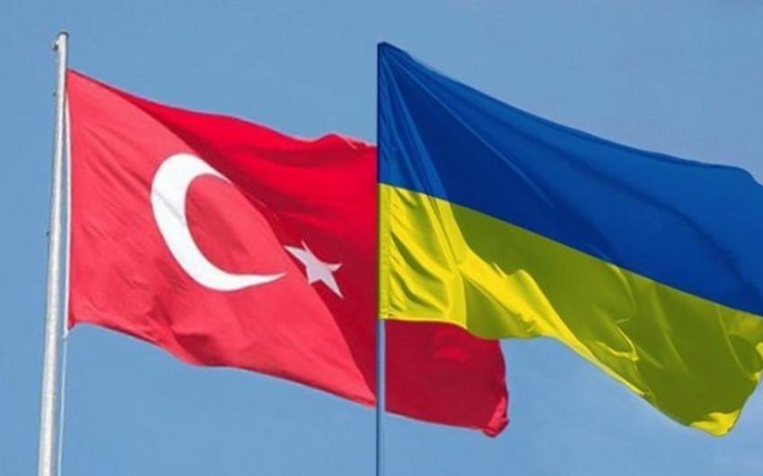 Ukrayna ilə Türkiyə döyüş dronları istehsal edəcəklər