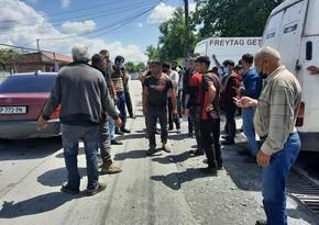Dolu Gürcüstanın azərbaycanlılar yaşayan kəndinə ciddi ziyan vurub, sakinlər aksiya keçirib