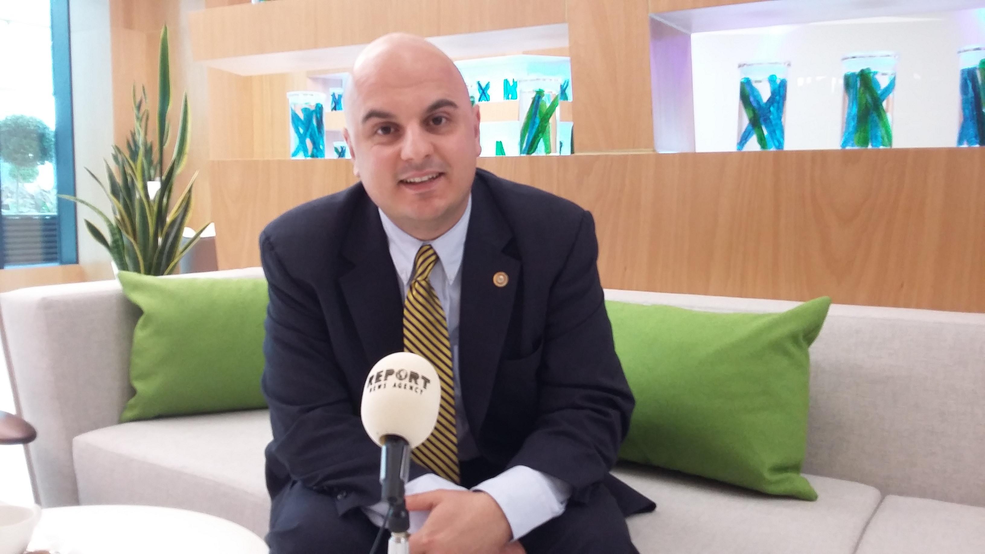 Amerikalı politoloq: AŞPA-dakı ikili standartlar siyasətinə baxmayaraq, Azərbaycan öz maraqlarını müdafiə etməlidir