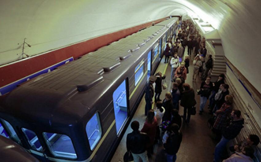 Sankt-Peterburq metrosu işini qismən bərpa edib