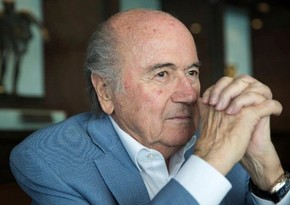 Yozef Blatter: Tanrı Maradonanı evə çağırdı