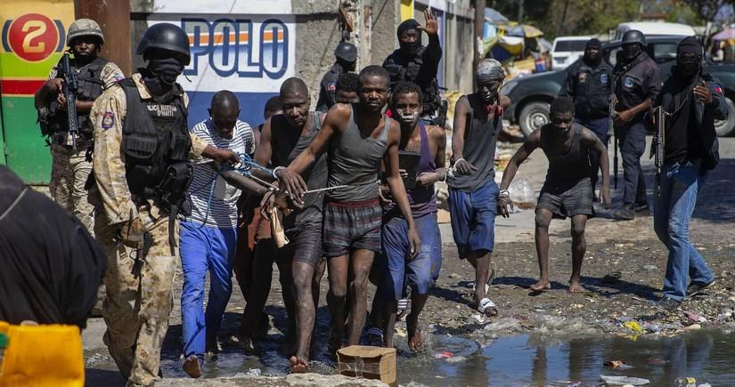 Haitidə həbsxanadan 200 məhbus qaçıb, 25 nəfər ölüb