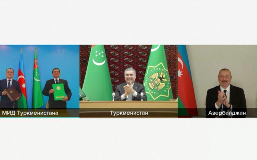 Azerbaijan, Turkmenistan sign memorandum on joint development of Dostlug field