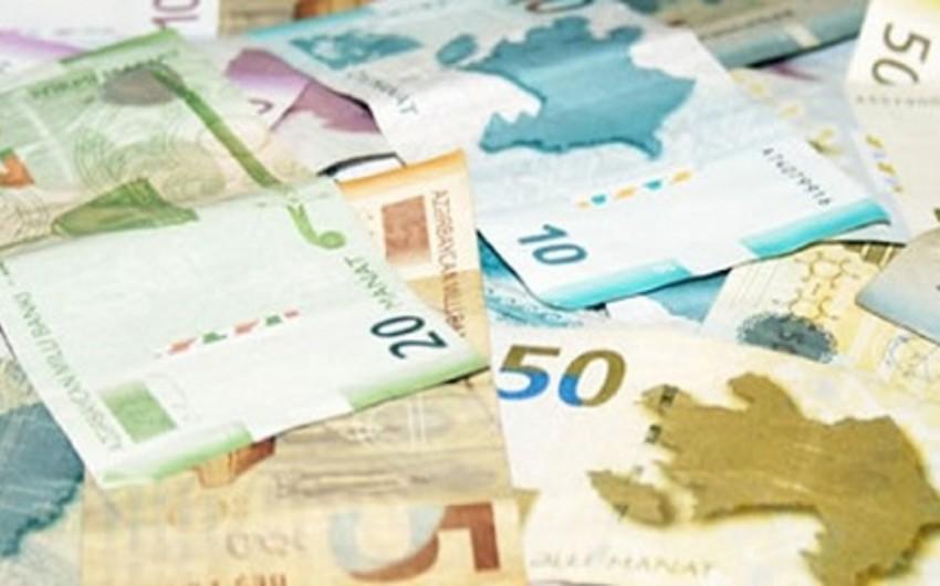Bu il Azərbaycanda milli valyutada olan bank depozitləri 37% azalıb