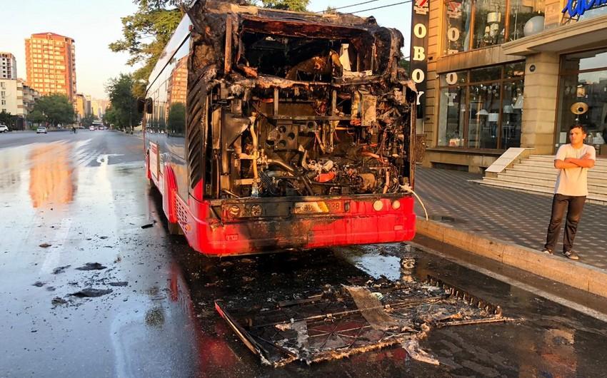 Son iki həftədə BakuBusın ikinci avtobusu yandı