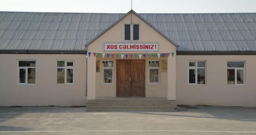 Məktəbin 30 şagirdi buraxılış imtahanında iştirak edə bilmədi, məsələyə nazirlik qarışdı