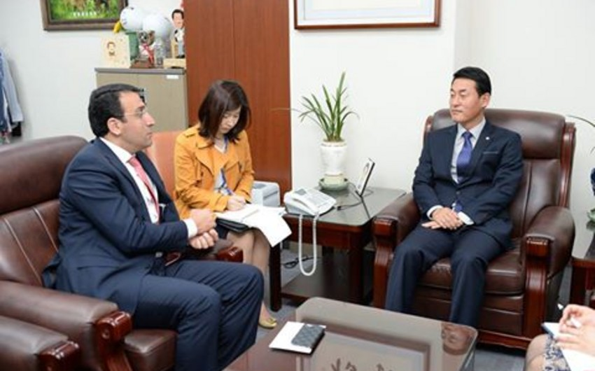 Azərbaycan səfiri Koreya parlamentinin üzvləri ilə görüşüb
