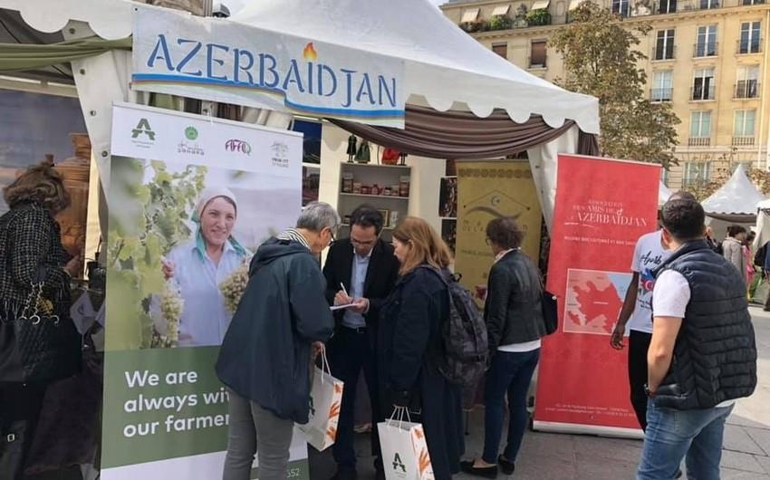 """Azərbaycan Parisdə keçirilən """"Çay şəhərciyi""""ndə təmsil olunur"""