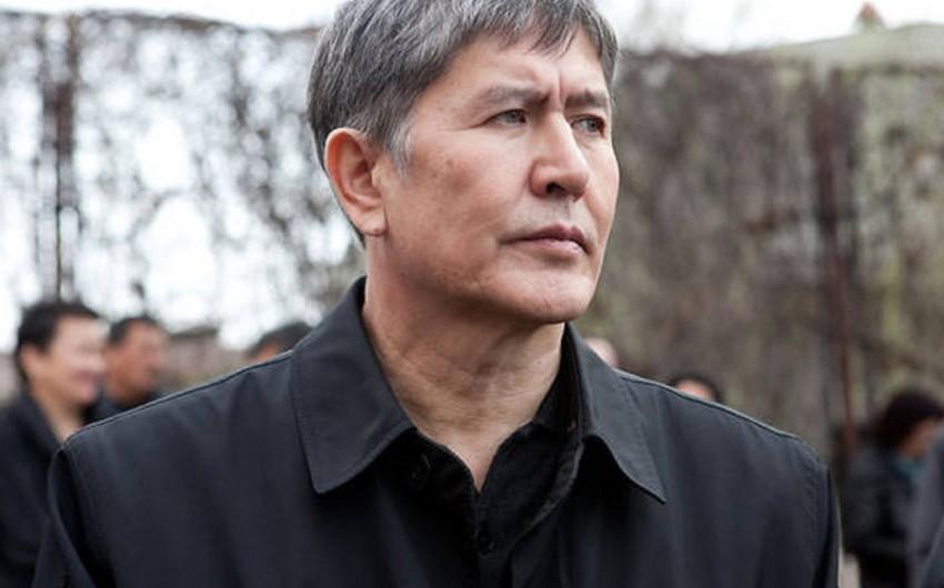 Almazbek Atambayev qəza ilə əlaqədar Çinə səfərini yarıda dayandırıb