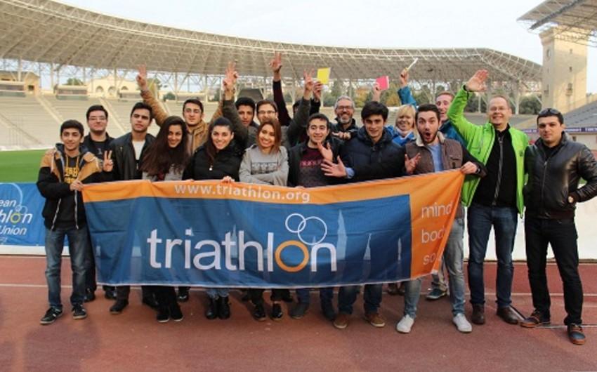 Bakı-2015in Əməliyyat Komitəsində triatlon üzrə təlim keçirilib
