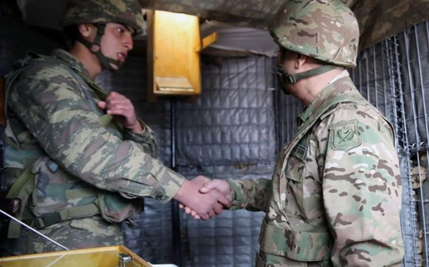 Закир Гасанов посетил воинские части в прифронтовой зоне - ВИДЕО